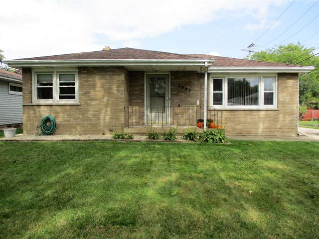 3007 Strong Street, Highland, IN 46322 (MLS #502265) :: McCormick Real Estate