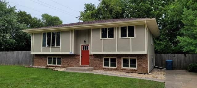 1631 Novo Drive, Schererville, IN 46375 (MLS #502266) :: McCormick Real Estate