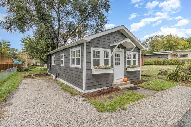 7502 W 136th Lane, Cedar Lake, IN 46303 (MLS #502371) :: McCormick Real Estate