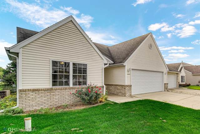 6683 W 158th Place, Lowell, IN 46356 (MLS #502396) :: Lisa Gaff Team