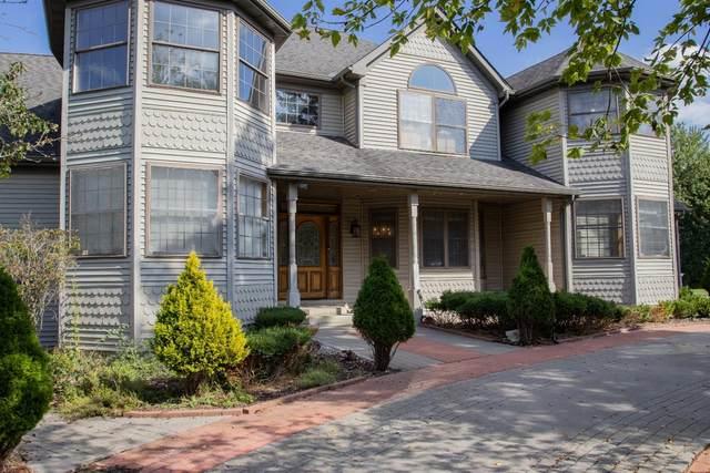 15455 Hendricks Street, Lowell, IN 46356 (MLS #502441) :: McCormick Real Estate