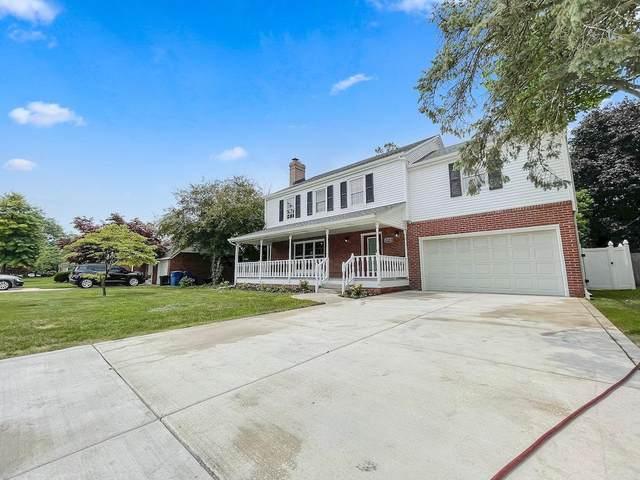 8748 Woodward Avenue, Highland, IN 46322 (MLS #502521) :: Lisa Gaff Team