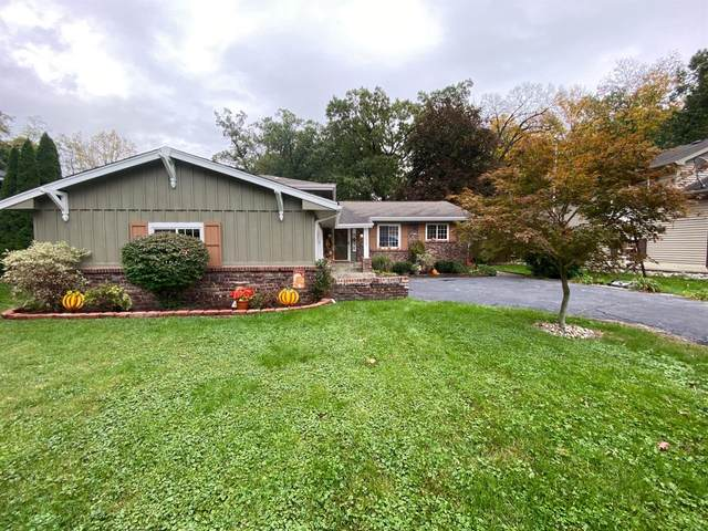 2048 Hidden Valley Drive, Crown Point, IN 46307 (MLS #503024) :: McCormick Real Estate