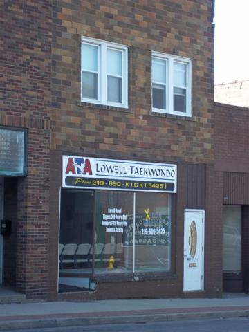 408 E Commercial Avenue, Lowell, IN 46356 (MLS #409337) :: Rossi and Taylor Realty Group
