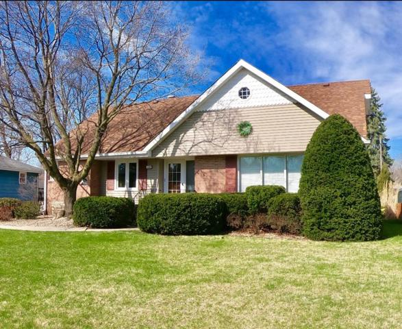 1636 Kuhn Drive, Schererville, IN 46375 (MLS #453132) :: Rossi and Taylor Realty Group