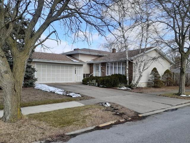 9347 Southmoor Avenue, Highland, IN 46322 (MLS #470139) :: Lisa Gaff Team