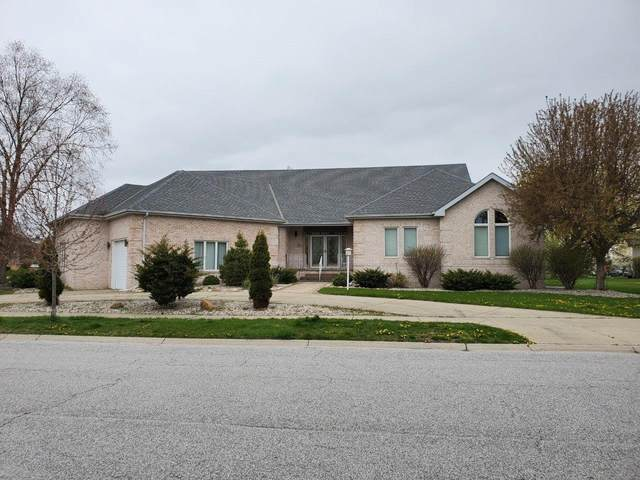 10231 Cherrywood Lane, Munster, IN 46321 (MLS #476443) :: McCormick Real Estate