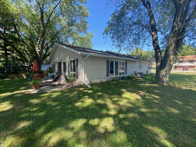 2201 W Porter Avenue, Chesterton, IN 46304 (MLS #480168) :: Rossi and Taylor Realty Group