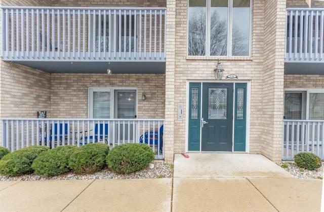 9316 Spring Creek Drive, Highland, IN 46322 (MLS #485683) :: McCormick Real Estate