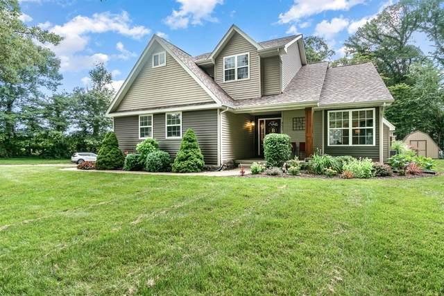 452 Oak Hollow Drive, Valparaiso, IN 46383 (MLS #496500) :: McCormick Real Estate