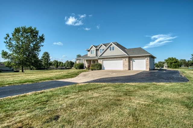 1410 W 165th Avenue, Lowell, IN 46356 (MLS #480739) :: Rossi and Taylor Realty Group