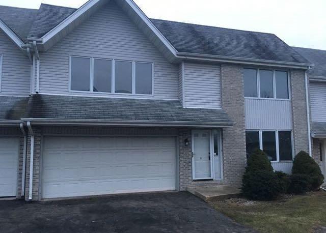 2110 Dorchester Lane, Schererville, IN 46375 (MLS #416543) :: Carrington Real Estate Services