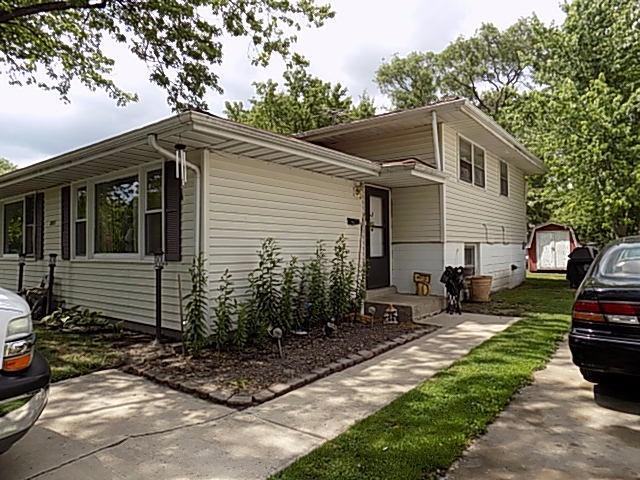 2611 40th Place, Highland, IN 46322 (MLS #417097) :: Rossi and Taylor Realty Group