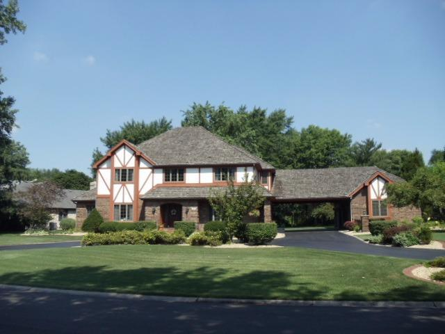 1130 Turnberry Drive, Schererville, IN 46375 (MLS #446684) :: Rossi and Taylor Realty Group