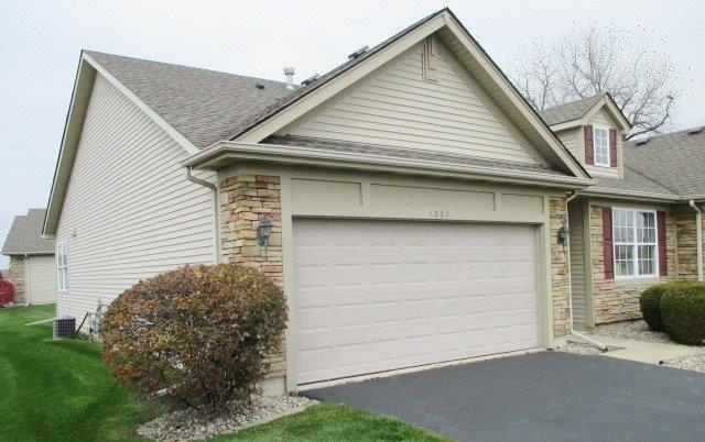 1284 Ridge Field Run, Schererville, IN 46375 (MLS #446746) :: Rossi and Taylor Realty Group