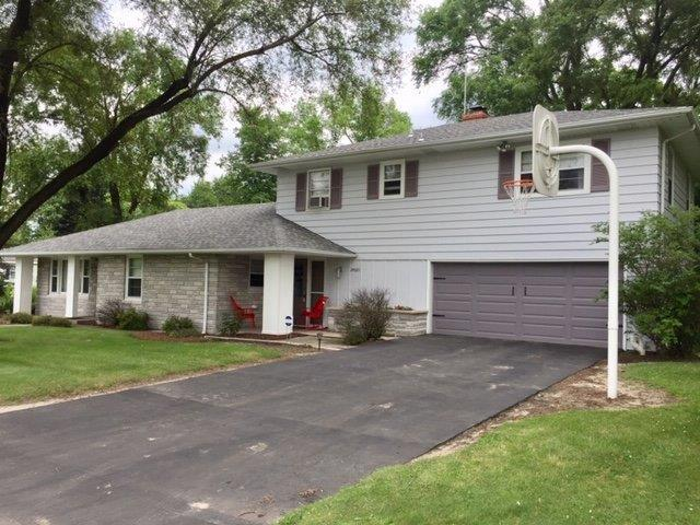 24001 Laverne Drive, Schneider, IN 46376 (MLS #458634) :: Rossi and Taylor Realty Group