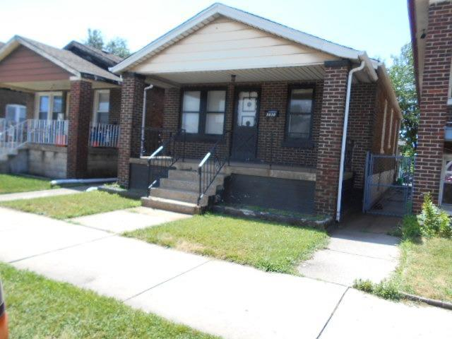 3838 Parrish Avenue, East Chicago, IN 46312 (MLS #459230) :: Rossi and Taylor Realty Group