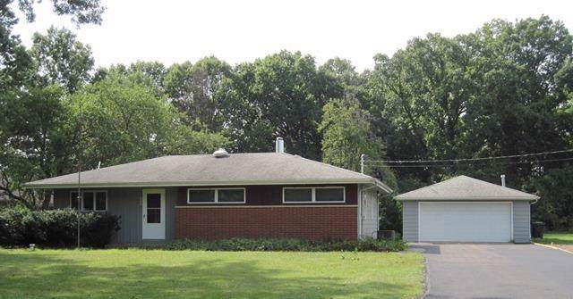 606 Pearson Road, Chesterton, IN 46304 (MLS #463256) :: Lisa Gaff Team