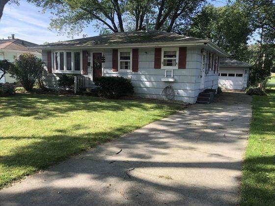 518 S Broad Street, Griffith, IN 46319 (MLS #463939) :: Rossi and Taylor Realty Group