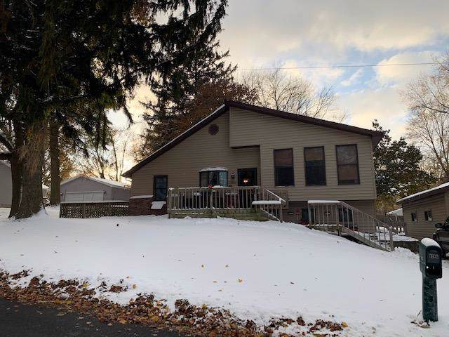 1502 Greenway Street, Laporte, IN 46350 (MLS #466117) :: Rossi and Taylor Realty Group