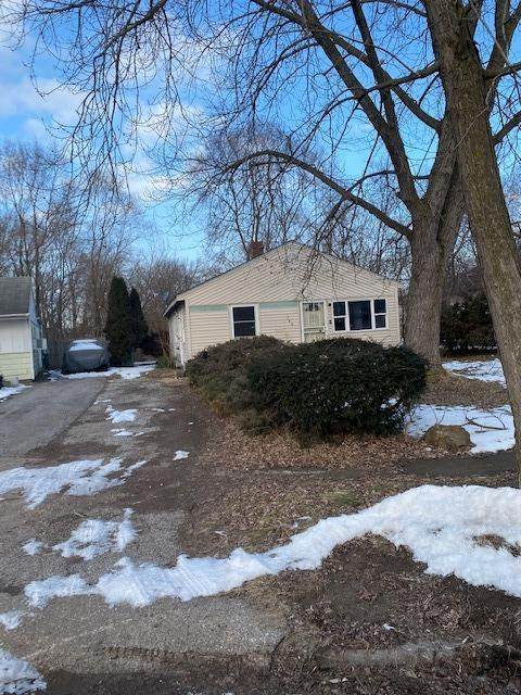 786 Taney Place, Gary, IN 46404 (MLS #470273) :: Lisa Gaff Team
