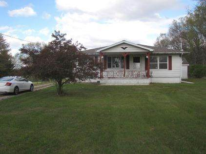 4640 S State Road 39, North Judson, IN 46366 (MLS #474968) :: Rossi and Taylor Realty Group