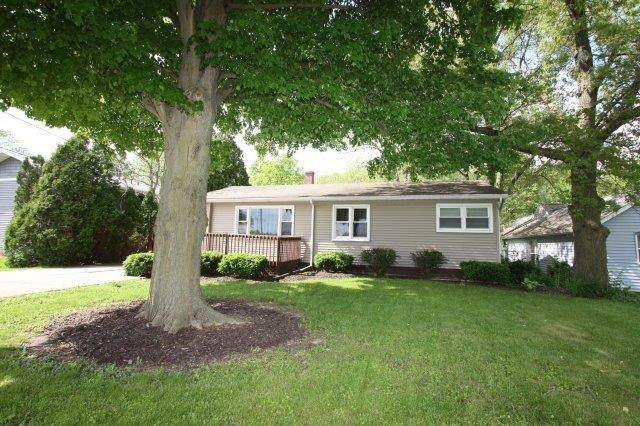 703 Mccord Road, Valparaiso, IN 46383 (MLS #475136) :: Rossi and Taylor Realty Group