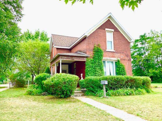 302 S Main Street, Knox, IN 46534 (MLS #477661) :: Rossi and Taylor Realty Group
