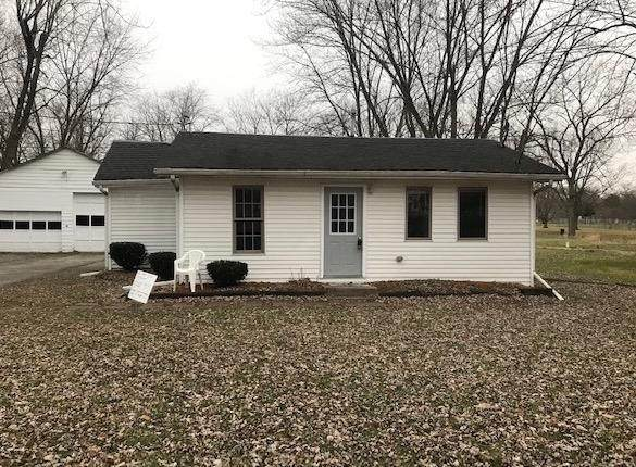 1843 S Calhoun Street, Griffith, IN 46319 (MLS #486609) :: Rossi and Taylor Realty Group