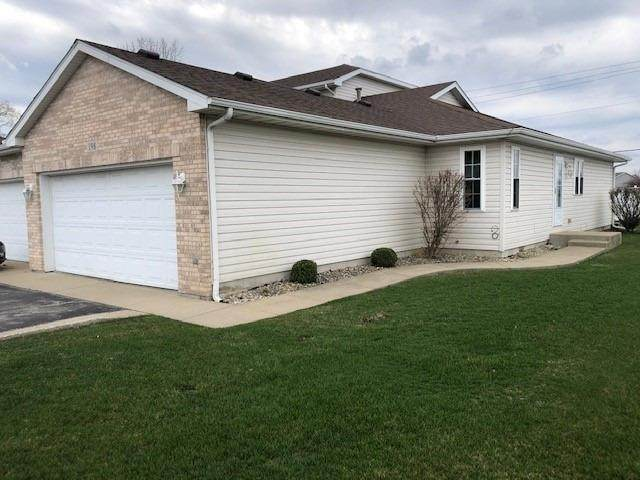 198 Mallard Pointe Drive, Valparaiso, IN 46385 (MLS #490175) :: McCormick Real Estate