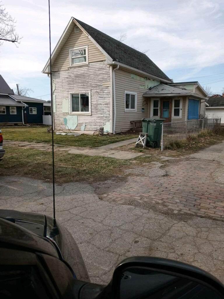1322 E Street - Photo 1