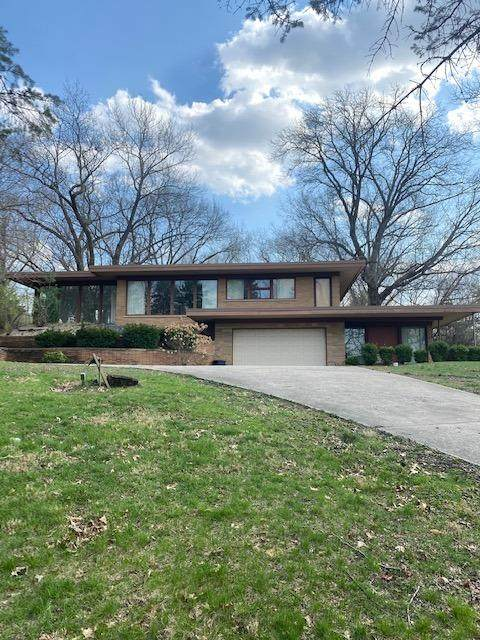1429 Lincoln Hwy. - Photo 1