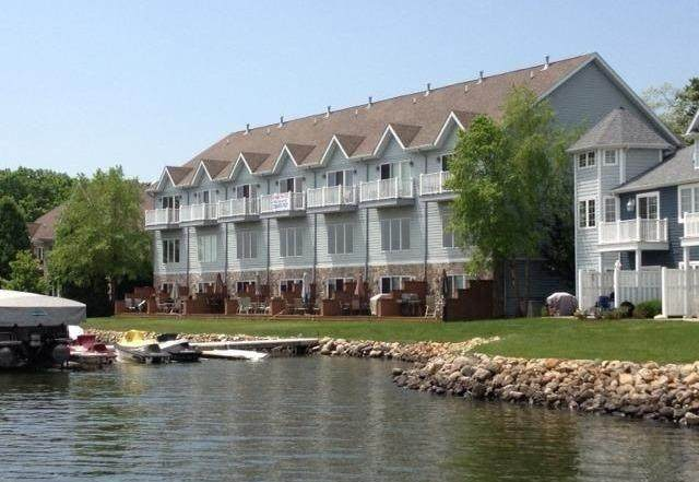 13977 Huseman Street, Cedar Lake, IN 46303 (MLS #492408) :: McCormick Real Estate