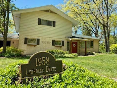 1958 Lawndale Drive, Valparaiso, IN 46383 (MLS #492966) :: McCormick Real Estate