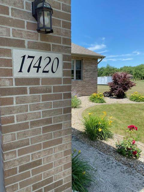17420 Cleveland Street, Lowell, IN 46356 (MLS #495236) :: McCormick Real Estate