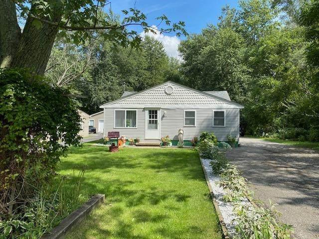 8313 Austin Avenue, Schererville, IN 46375 (MLS #501367) :: McCormick Real Estate