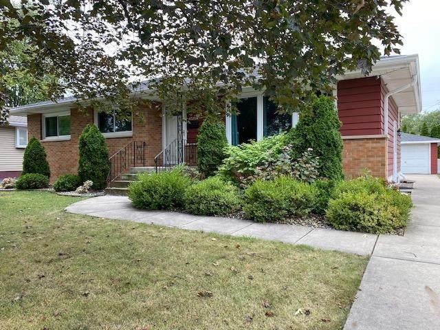 8028 Linden Avenue, Munster, IN 46321 (MLS #502050) :: McCormick Real Estate