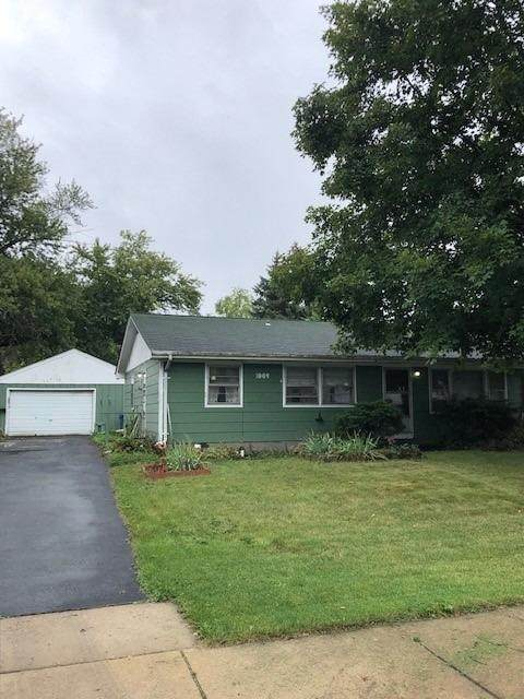 1009 W 71st Avenue, Schererville, IN 46375 (MLS #502144) :: McCormick Real Estate