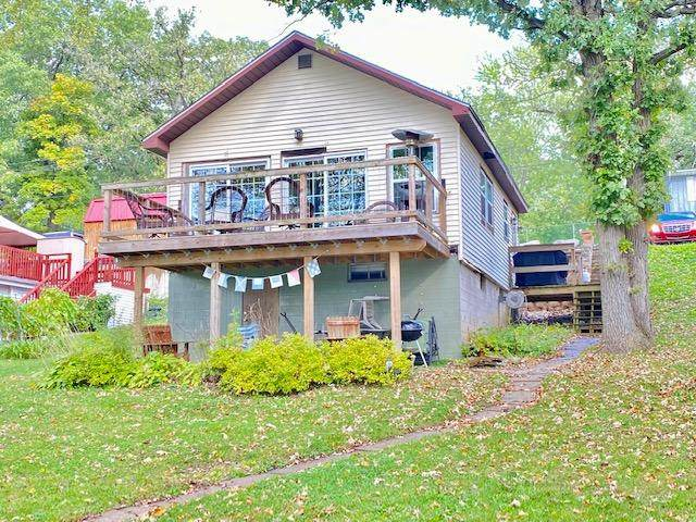 975 N Lakeview Drive, Lowell, IN 46356 (MLS #502504) :: McCormick Real Estate