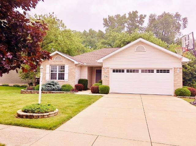 2556 High Sierra Drive, Valparaiso, IN 46385 (MLS #437409) :: Rossi and Taylor Realty Group