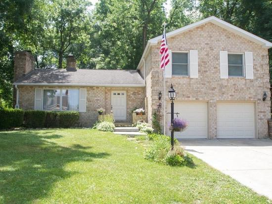 400 Wilshire Court, Valparaiso, IN 46385 (MLS #451895) :: Rossi and Taylor Realty Group