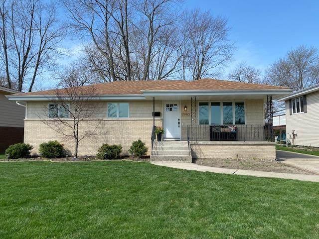 7980 Beech Avenue, Munster, IN 46321 (MLS #490640) :: McCormick Real Estate