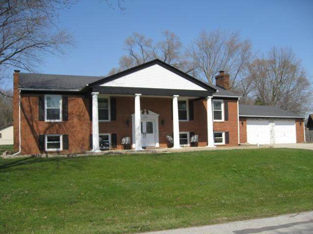 3716 W 107th Place, Crown Point, IN 46307 (MLS #490303) :: McCormick Real Estate