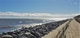 1175 Beachview Drive - Photo 29