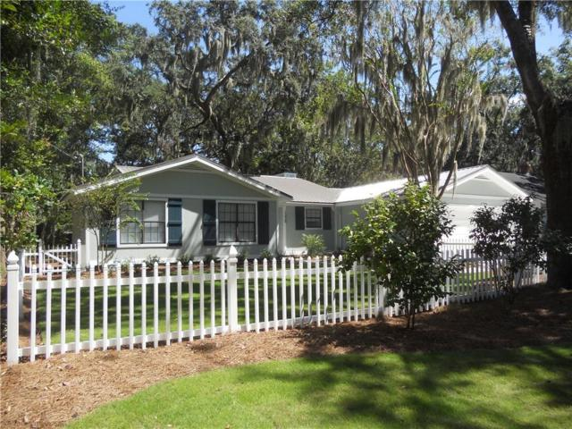 1224 Pine Avenue, Brunswick, GA 31520 (MLS #1603110) :: Coastal Georgia Living