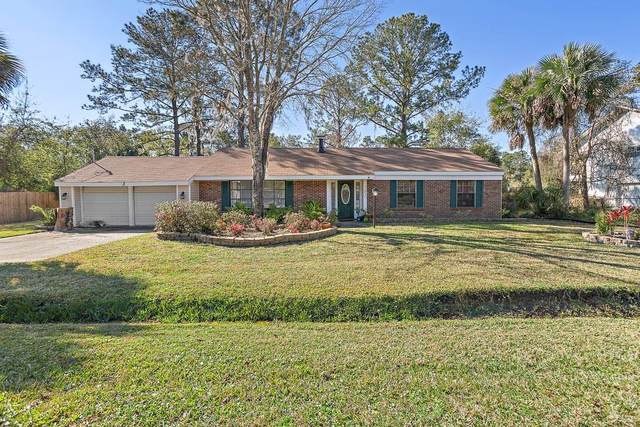 202 Evelyn Place, Brunswick, GA 31520 (MLS #1616137) :: Coastal Georgia Living