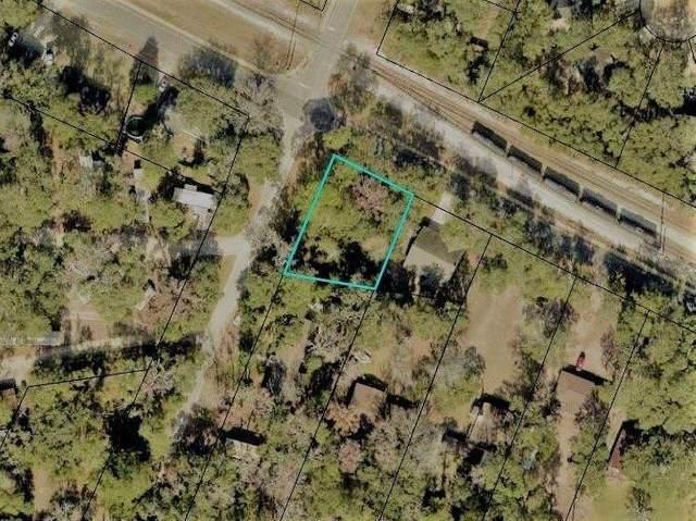 511 Borrell Blvd, St Marys, GA 31558 (MLS #1618846) :: Coastal Georgia Living