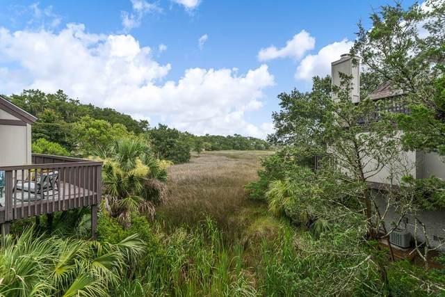 493 Cedar Walk, St. Simons Island, GA 31522 (MLS #1620099) :: Coastal Georgia Living