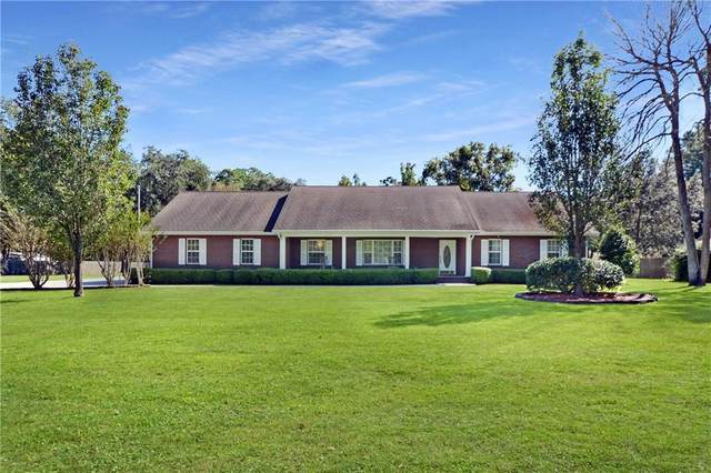 402 Brentwood Circle, Brunswick, GA 31523 (MLS #1622899) :: Coastal Georgia Living