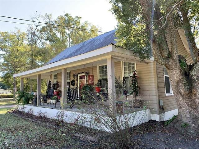307 Strickland Avenue, Blackshear, GA 31516 (MLS #1623369) :: Coastal Georgia Living